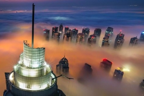 PAY-Dubai-in-fog-from-above (2)