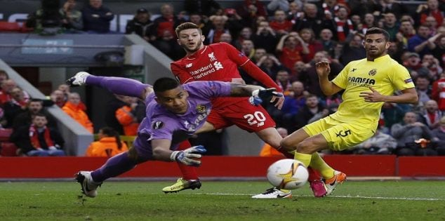 Britain Football Soccer - Liverpool v Villarreal - UEFA Europa League Semi Final Second Leg - Anfield, Liverpool, England - 5/5/16 Villarreal's Alphonse Areola saves from Liverpool's Adam Lallana as Mateo Musacchio looks on Reuters / Phil Noble Livepic EDITORIAL USE ONLY.
