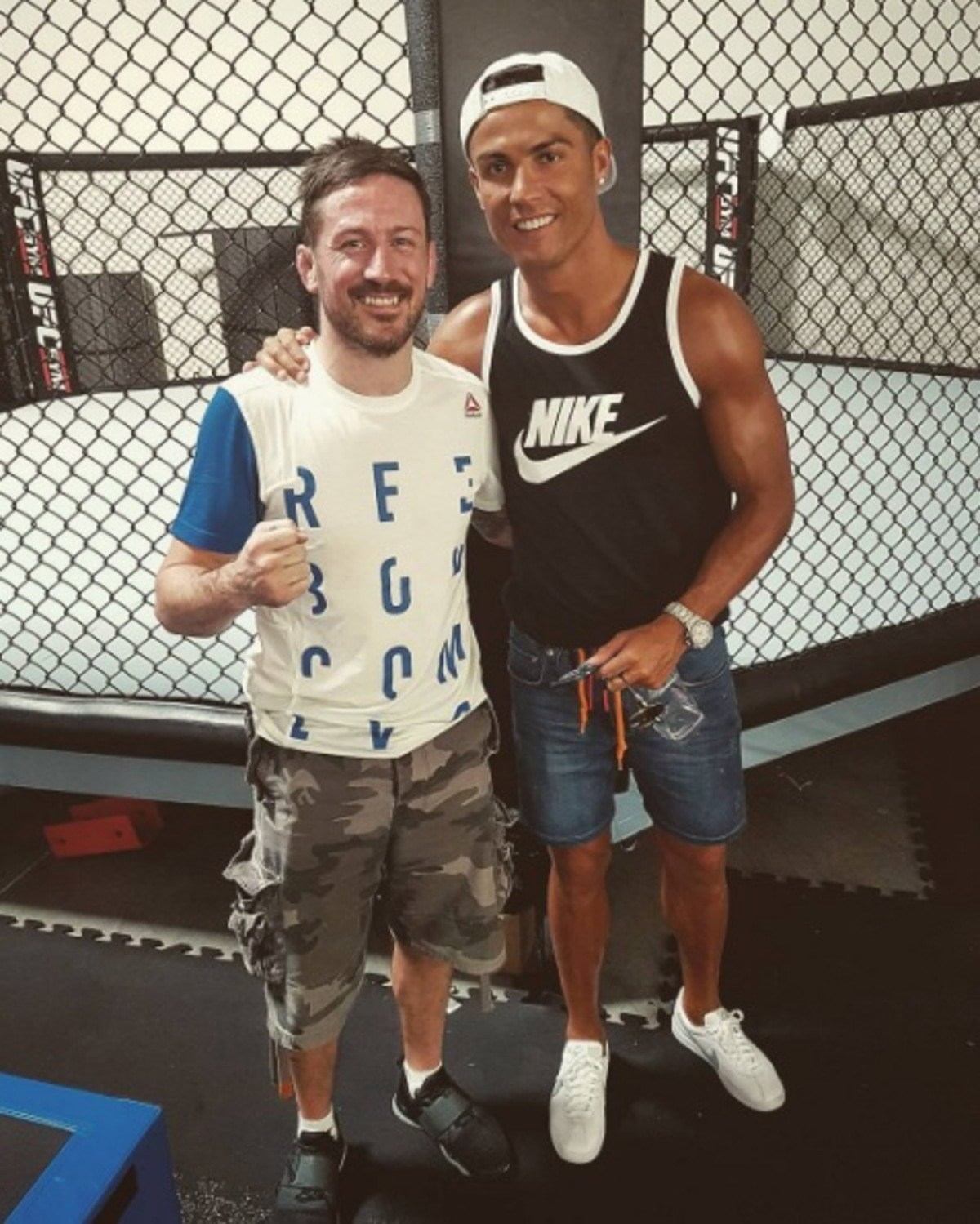 Ronaldo-with-McGregor-coach