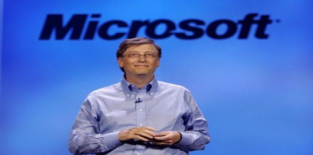 LAS VEGAS - JANUARY 7: Microsoft chairman Bill Gates delivers a keynote address at the 40th annual Consumer Electronics Show (CES) convention January 7, 2007 in Las Vegas, Nevada. CES will run January 8-11 and is expected to draw approximately 150,000 attendees with over 1.6 million square feet of convention floor space. (Photo by Justin Sullivan/Getty Images)