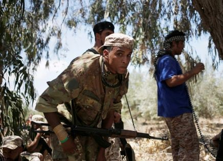 Fighters of Libyan forces allied with the U.N.-backed government move towards Islamic State fighters positions during a battle in Sirte, Libya, July 31, 2016. REUTERS/Goran Tomasevic