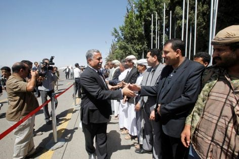 Yemen's General Congress Party Secretary-General Aarif all-Zuka, a member of the Houthi negotiating team stranded in Oman, is welcomed upon the teamÕs arrival at the airport in Sanaa, Yemen, October 15, 2016. The team has been in Oman since the collapse of peace talks after Saudi authorities in control of YemenÕs airspace refused to grant the team access to Sanaa. REUTERS/Mohamed al-Sayaghi