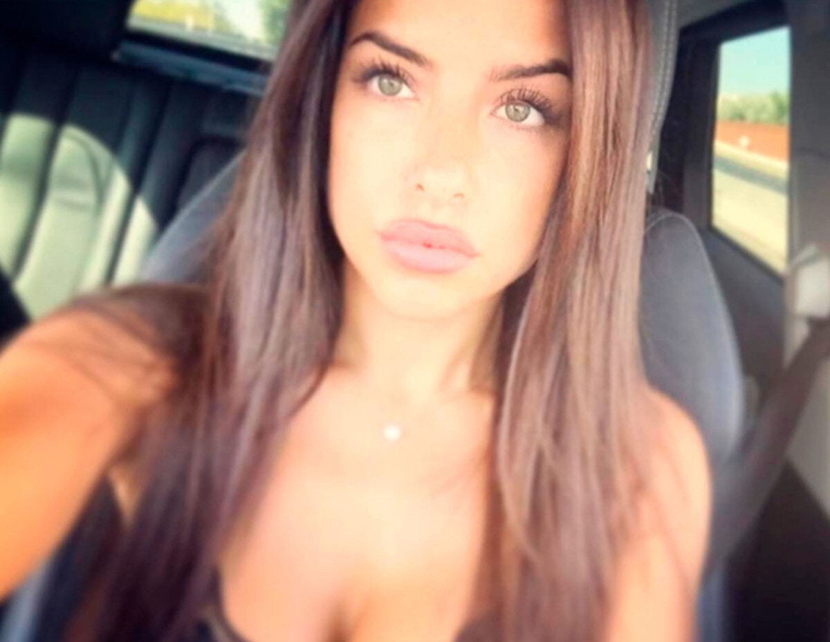 "Pic shows: Marisa Mendes. Football superstar Cristiano Ronaldo has a new community manager - and she is the gorgeous daughter of his own super-agent. Pretty brunette Marisa Mendes, 25, first made headlines when she was rumoured to be in a relationship with the Real Madrid footballer - one of the world's most famous athletes. And now the stunner, who is none other than the daughter of Ronaldo's own agent Jorge Mendes - among the most influential in the world - is the star's new Online Community Manager. With her new PR job, she will be in charge of all of his social networking accounts. And her work may well be cut out for her, given that this year Cristiano Ronaldo became the first athlete to reach 200 million social media followers. Marisa Mendes currently lives in the Spanish capital, where her 31-year-old employer stars for local club Real Madrid. Her new boss is the club's all-time leading goalscorer and the only player in the history of football to have scored 50 or more goals in a season on six consecutive occasions. Marisa, who recently graduated in Marketing, has been making headlines ever since their first rumoured romance. Her looks and beauty are regularly noticed on social media, where she herself has some 82,100 followers who comment on her saucy snaps. Her dad Jorge has been named Best Agent of the Year at the Globe Soccer Awards six consecutive times from 2010 to 2015. Apart from Ronaldo, Mendes' client list includes Manchester United's number 1 goalkeeper David de Gea and their manager Jose Mourinho, who is also known as ""The Special One"". (ends)"